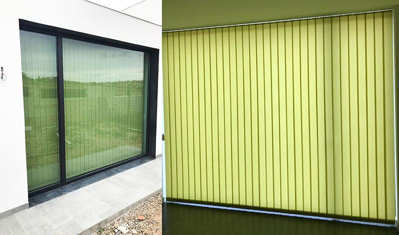 Instalación de cortinas verticales en vivienda unifamiliar